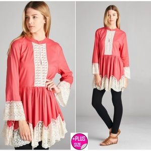 🎀 Plus size 🎀 Coral and Cream tunic 1X,  3X